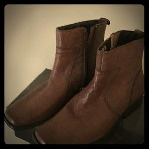 New Men's Rockport Genuine Lambskin Leather Boots